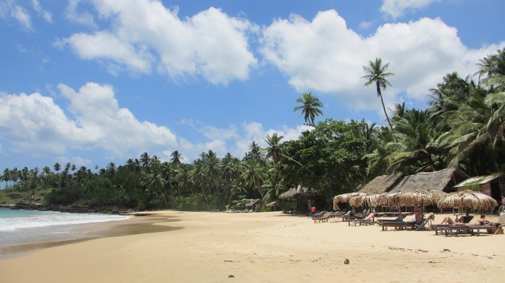 Goyambokka beach Tangalle3