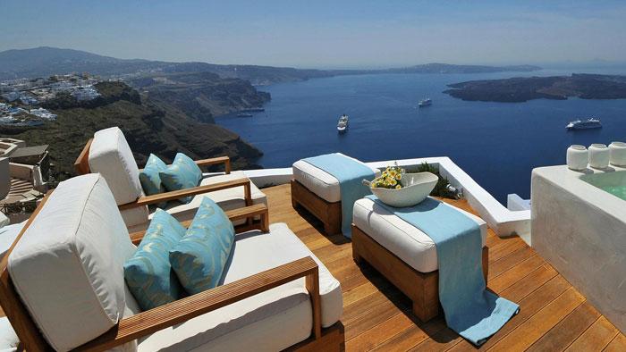 Aqua-Luxury-Suites-Imerovigli-Santorini-Reveal-Greece