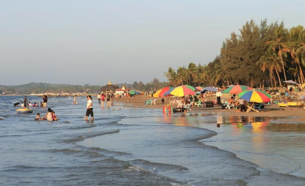 Chaungtha Beach myanmar