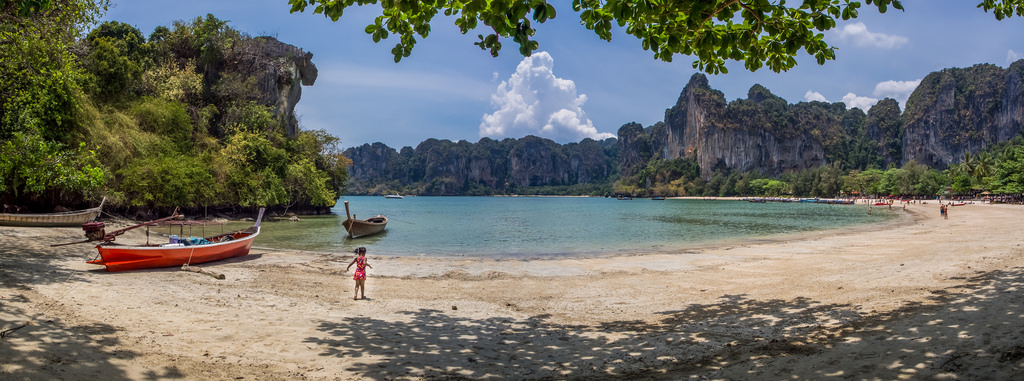Railay Beach_Flickr_Richard Ella