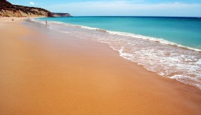 Praia de Salema portugal
